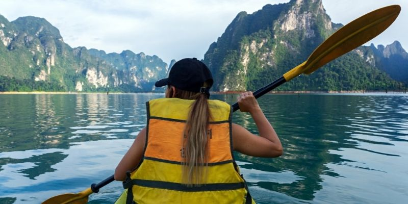 life jacket kayaking